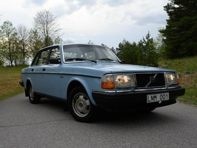 usado Volvo 240 i originalskick -83