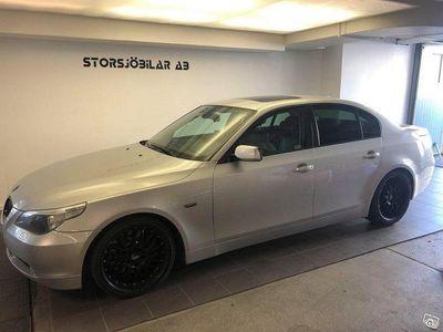 begagnad BMW 545 i Sedan 333hk V8 MANUELL Nybesiktad -04