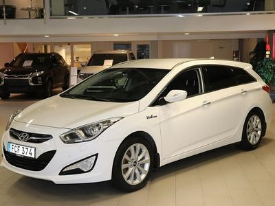 begagnad Hyundai i40 Kombi 1.7 CRDi/36 M6 BusinessEdition Läder 17tum