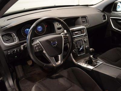 begagnad Volvo V60 T3 Momentum (150hk)
