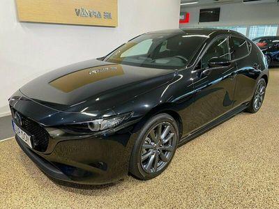 begagnad Mazda 3 2.0 SKY + TECH PACK AUT 122HK / V-HJUL /