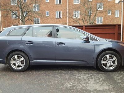 begagnad Toyota Avensis 2.0 business -10