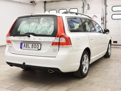 begagnad Volvo V70 II D4 AWD* 181hk MOMENTUM / AUT / D-VÄRME
