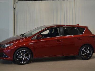 begagnad Toyota Auris Hybrid 1.8 INTENSE EDITION 5-D