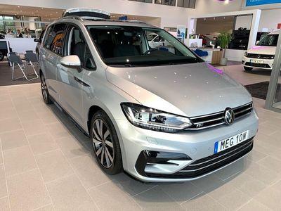 begagnad VW Touran 1.5 TSI 150 HK DSG R-LINE LAGERKAMPANJ