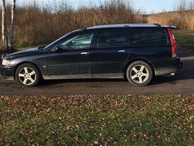 begagnad Volvo V70 2,5
