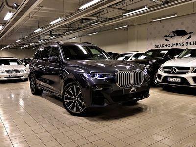 begagnad BMW X7 30d 265HK M-SPORT B/W SOFTCLOSE 7-SITS SKYLOUNGE MOMS