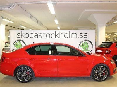 begagnad Skoda Octavia RS 220 HK TSI / Webasto / V-Hjul / Extreme 19 tum Fälgar