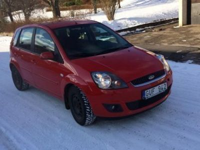 begagnad Ford Fiesta -09