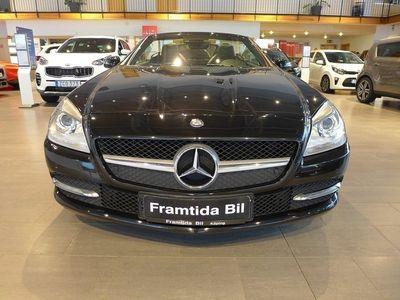 begagnad Mercedes SLK200 Automat-Läder-Navi-Airscarf-En ägare !!!!