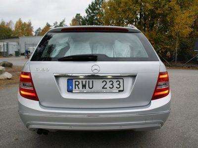 begagnad Mercedes C180 AUTO/NAVI/2900MIL/SVENSKS -13