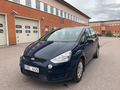 begagnad Ford S-MAX 2.0 Flexifuel 7-sits 145hk Panorama Drag
