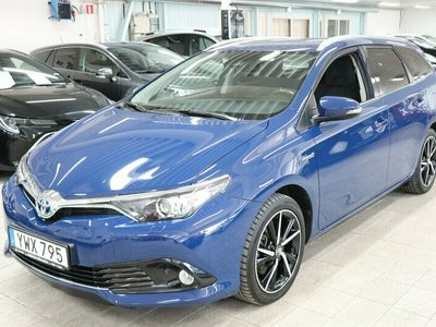 begagnad Toyota Auris Touring Sports Hybrid ELHybrid 1,8 Intense edition