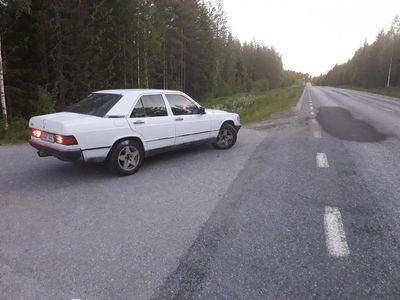 begagnad Mercedes 190 diesel besiktad 1.5 år