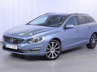 used Volvo V60 D5 AWD Twin Engine Classic Momentum