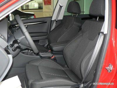 begagnad Seat Exeo ST 2,0 TSI Sport, Dragkrok, Kombi Kombi 2010
