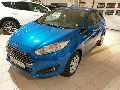 begagnad Ford Fiesta 1,0 EcoBoost Titanium V-hjul 2015, Halvkombi Pris 97 000 kr
