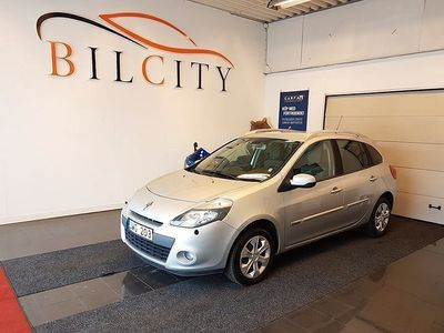 begagnad Renault Clio 1.2 TCe Nybes Nykamrem 101hk