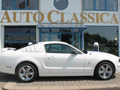 second-hand Ford Mustang GT V8 * OBS: 4100 MIL *