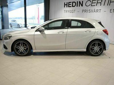 begagnad Mercedes A180 - BenzApple Carplay / / AMG styling / /