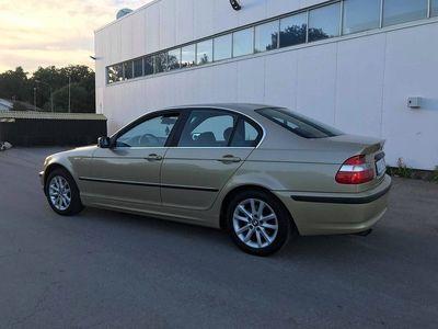 begagnad BMW 325 I LIMOUSINE