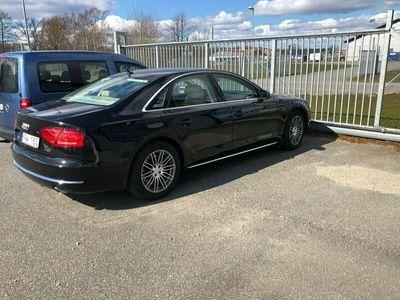 begagnad Audi A8 4H