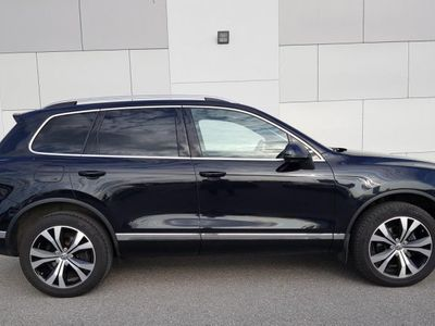 begagnad VW Touareg 3.0 V6 TDI SCR 4MOTION BlueMotion -15