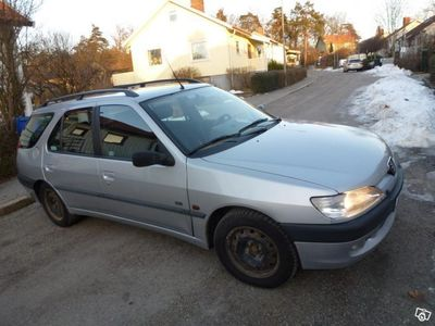 begagnad Peugeot 306 Kombi 1,8 -99
