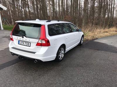 begagnad Volvo V70 2,5FT R-Design, 231hk.
