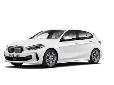 begagnad BMW 118 d M Sport Fartpilot Adaptiva LED Backkamera HiFi Rattvärme Tonade Rutor