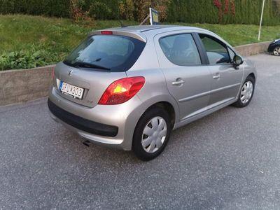 begagnad Peugeot 207 diesel 1.6 besiktad lågmilare