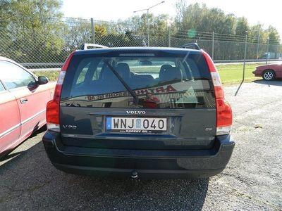 begagnad Volvo V70 D5 Business Automat Drag
