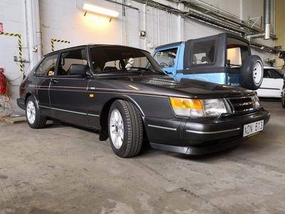 begagnad Saab 900 i jubileum