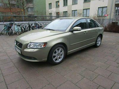 begagnad Volvo S40 2.0 D Momentum 136hk Drag S+V däck