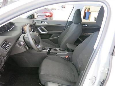 begagnad Peugeot 308 SW Active BlueHDi100
