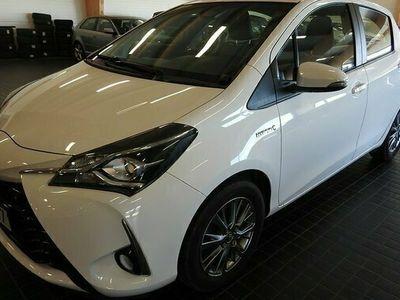begagnad Toyota Yaris R-E-S-E-R-V-E-R-A-D 2018, Halvkombi Pris 129 000 kr