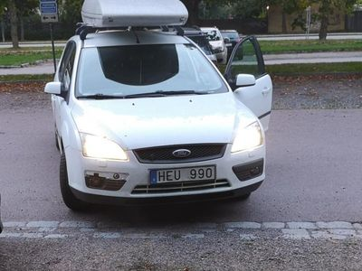 begagnad Ford Focus Kombi 1.8 Duratec