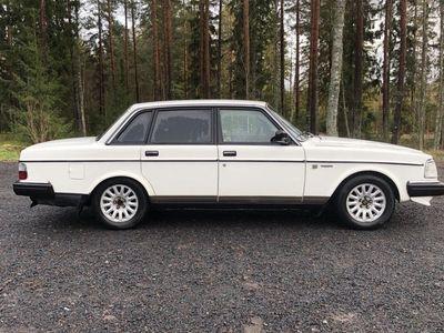 begagnad Volvo 240 Byte