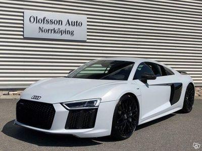 begagnad Audi R8 Coupé V10 Plus 610 hk Laser B&O Carbon