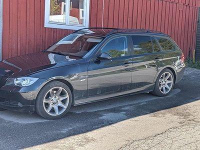 begagnad BMW 320 e91 i
