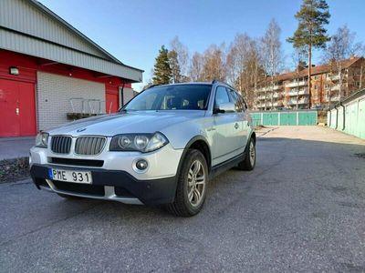 begagnad BMW X3 2,5SI