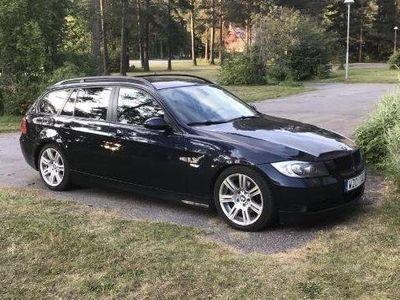begagnad BMW 320 e91 D