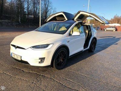 begagnad Tesla Model X P90d Signature -16