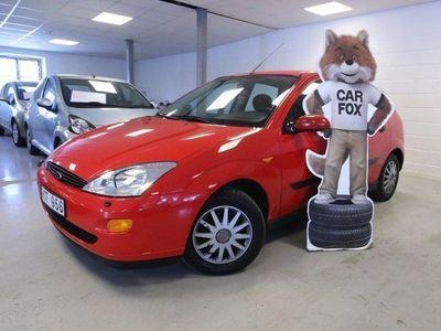 gebraucht Ford Focus 5-dörrars Halvkombi 1.6 Ghia 101hk