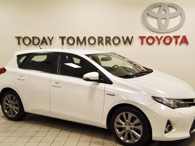 used Toyota Auris 1.8 HSD Executive
