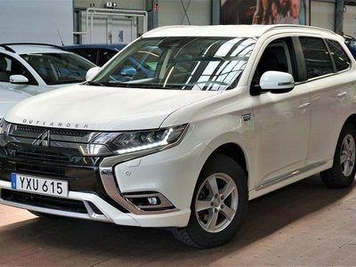 begagnad Mitsubishi Outlander P-HEV 2.4 Hybrid 4WD CVT