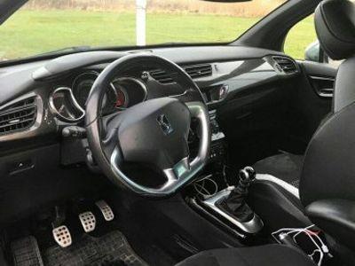begagnad Citroën DS3 HDi -11