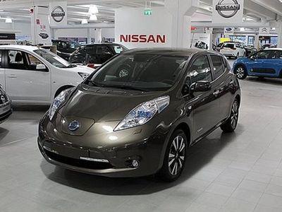 begagnad Nissan Leaf TEKNA LEATHER 24 KWH 2016, Halvkombi 339 900 kr