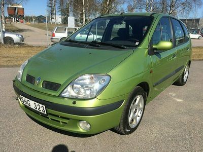 begagnad Renault Scénic 1.6 Automat 107hk ny bes