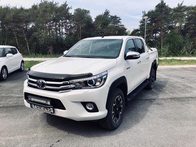gebraucht Toyota HiLux D-Cab 2.4 D 4WD (150hk) Aut